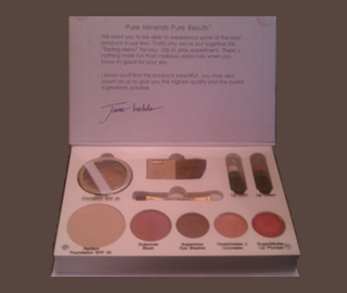Picture of my Jane Iredale Free Sample Kit